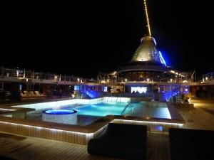 Oceania night